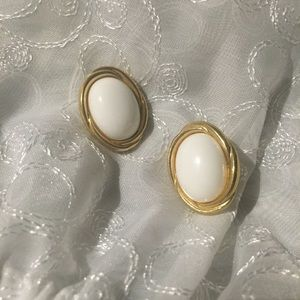 Vintage 1980 Maximalist White Oval Gold Tone Studs